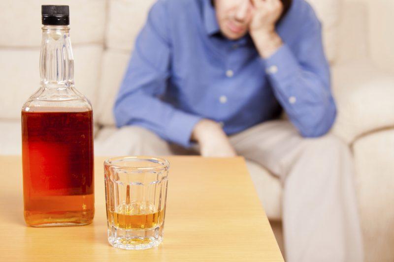 Современные методы лечения алкоголизма в СПб от специалистов сети «Версио»